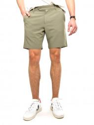 Nudie Jeans co / Hals shorts deep lichen