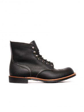 Iron ranger boots black