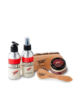Smooth-finished leather care kit