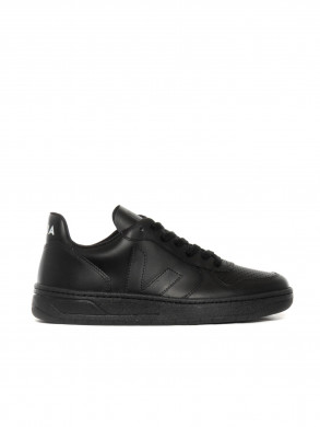 V10 leather sneaker full black