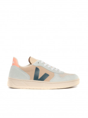 V10 suede sneaker almond califora