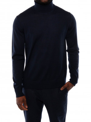 Flemming pullover turtle night sky