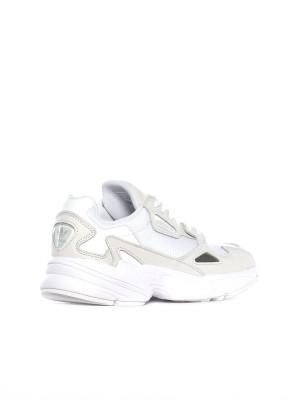 Falcon sneaker white 2 - invisable