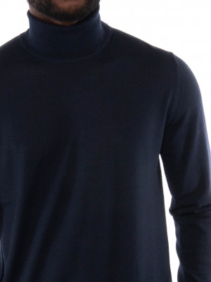 Flemming pullover turtle night sky 4 - invisable