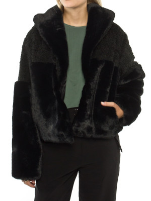 Carla fakefur jacket black 4 - invisable