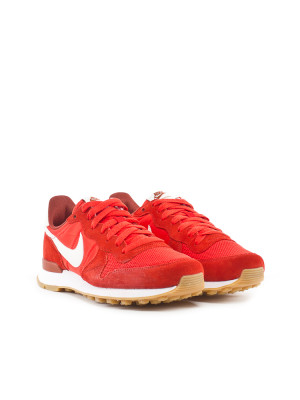 Internationalist wmns sneaker red 4 - invisable